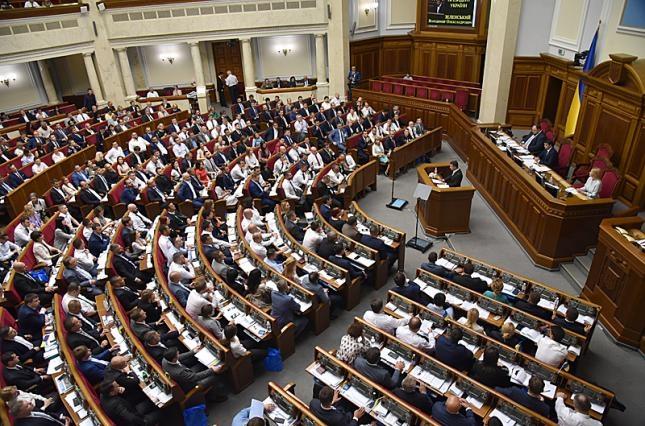 В Украине планируют открыть продуктовые рынки - фото №1
