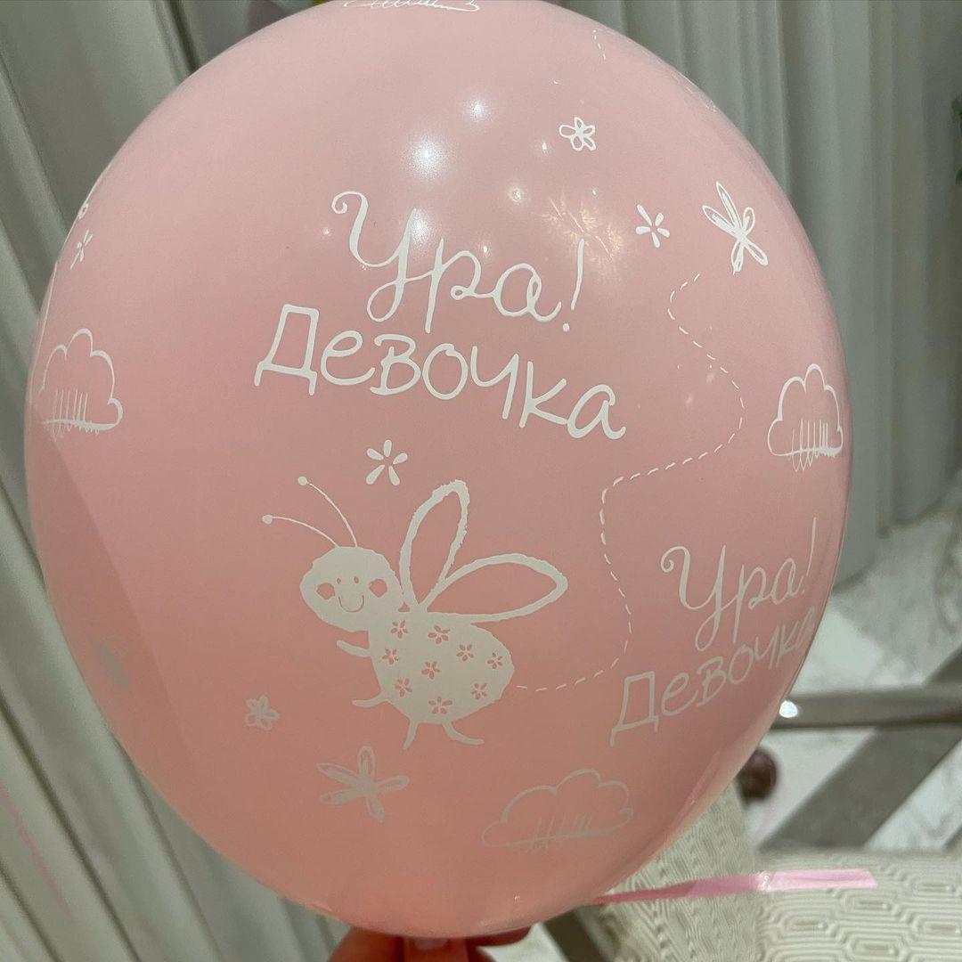 Альбина Джанабаева впервые показала новорожденную дочь (ФОТО) - фото №2