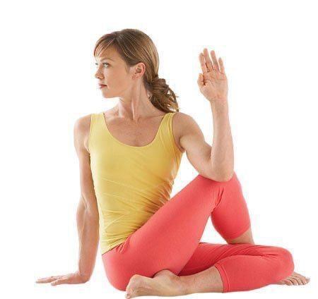 Йога для спины: эффективные упражнения, с которыми вы навсегда забудете о болях в спине - фото №6