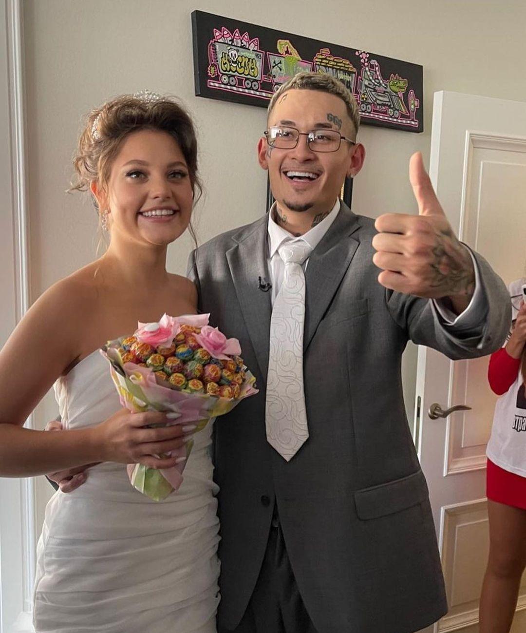 Торжество в стиле 2000-х? Появились первые фото со свадьбы Моргенштерна и Дилары - фото №2