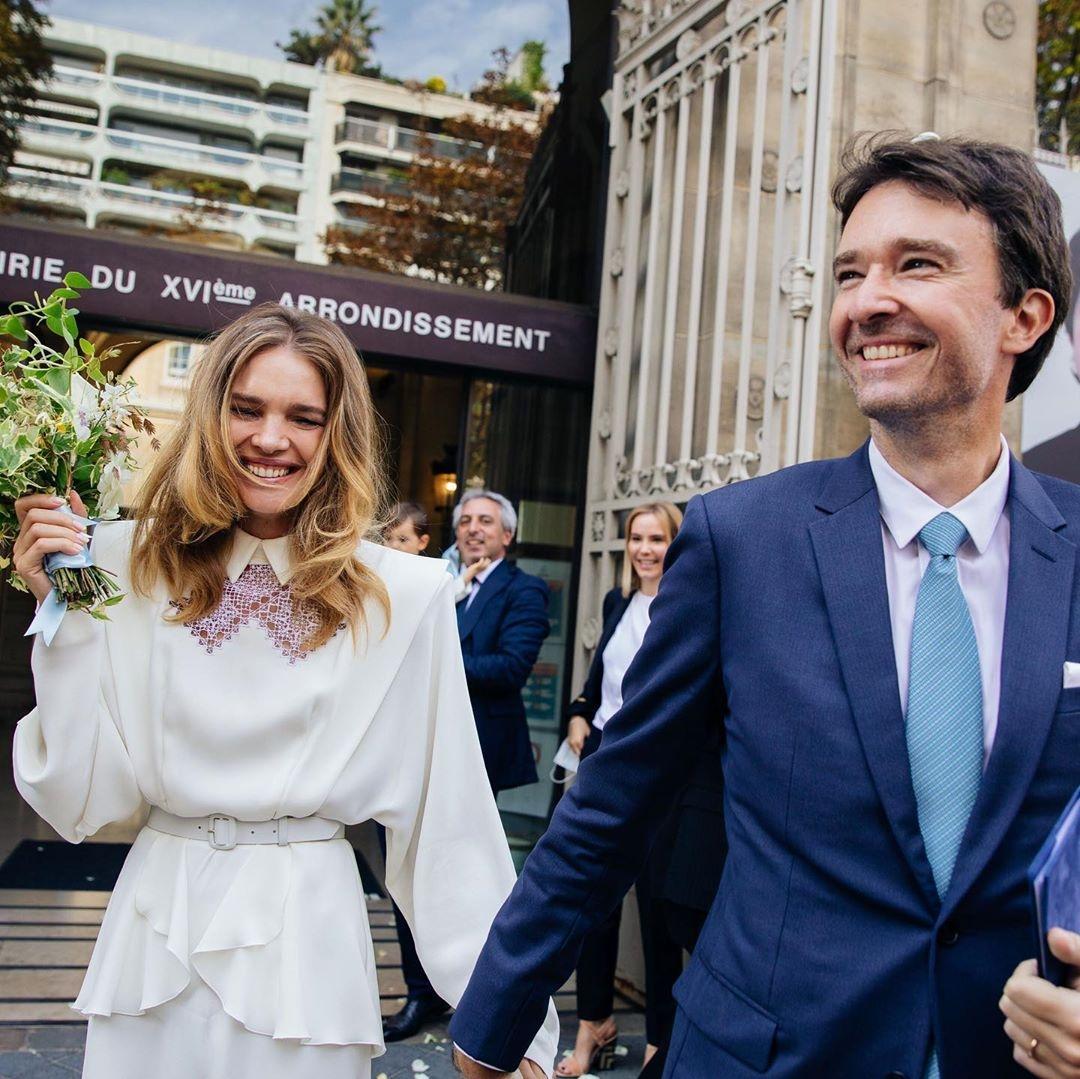 водянова вышла замуж за арно