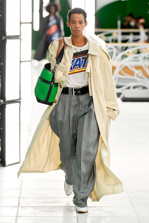 Гид по модным трендам 2021 года в новой коллекции Louis Vuitton (ФОТО) - фото №3