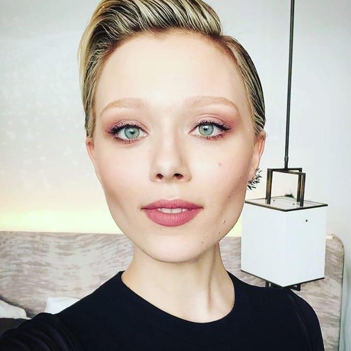 Голливудская актриса из Украины Иванна Сахно заболела коронавирусом - фото №1