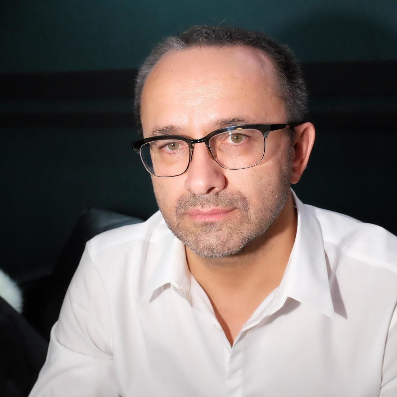 Режиссера Андрея Звягинцева ввели в искусственную кому после тяжелой формы коронавируса - фото №2