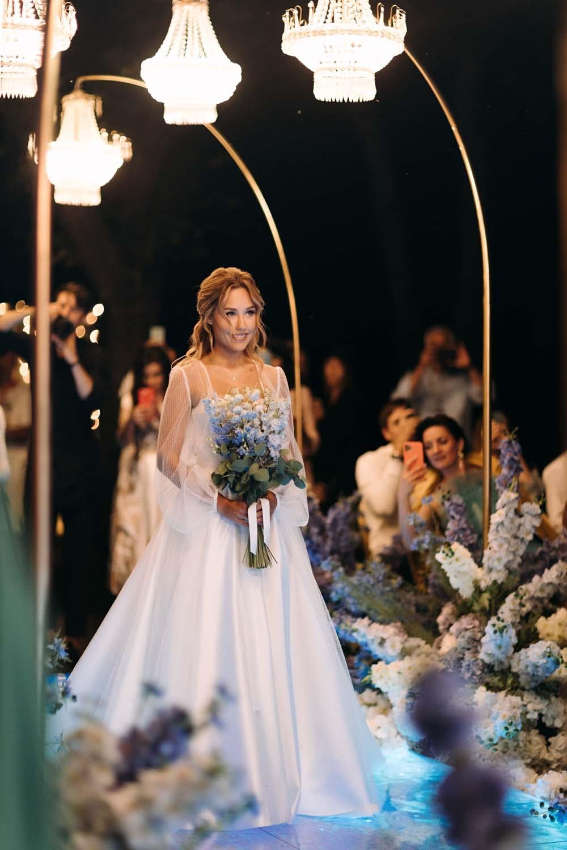 Самые яркие свадебные платья украинских звезд (ФОТО) - фото №2