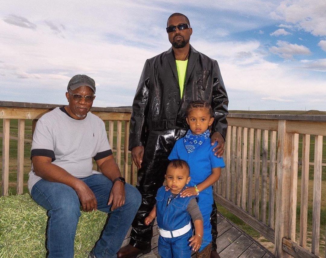 Канье Уэст с детьми фото