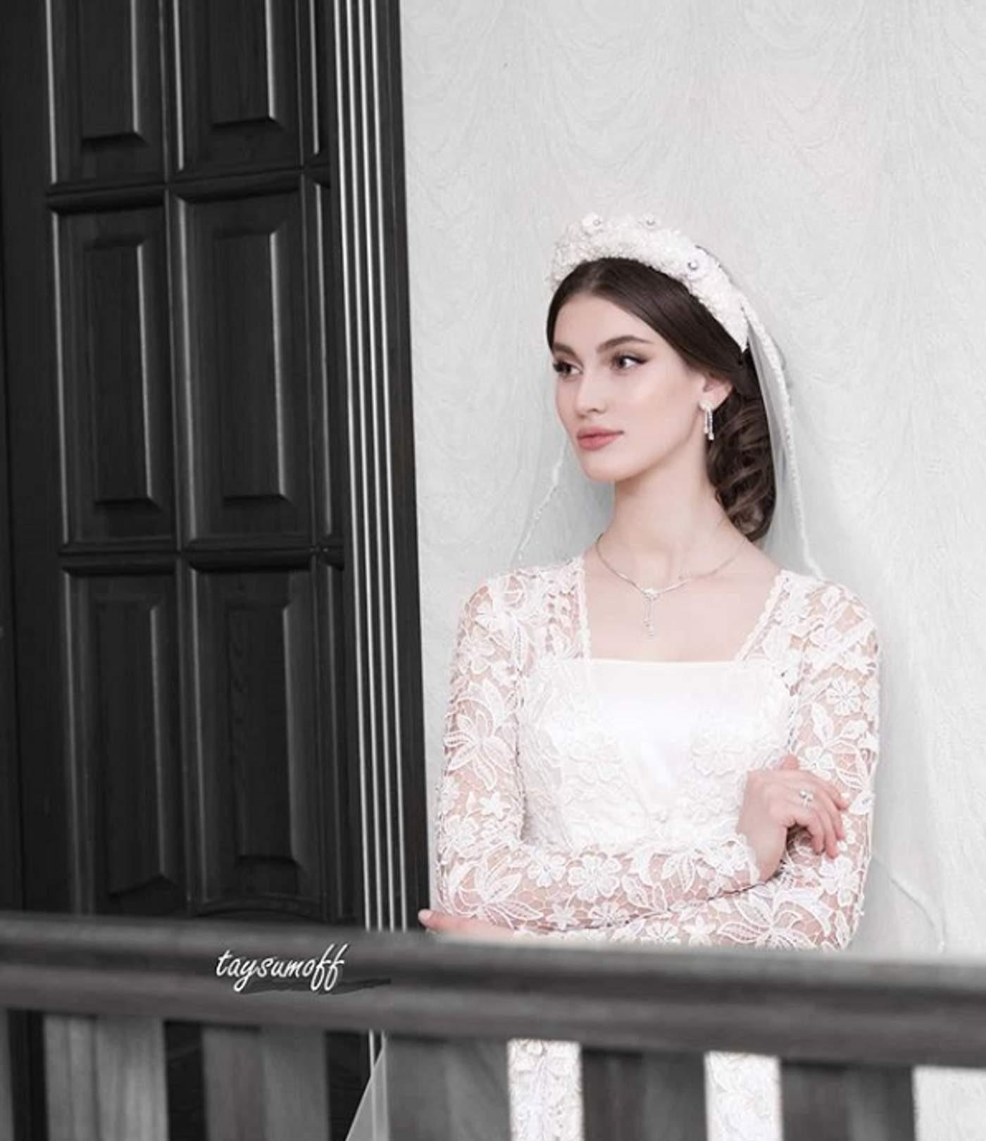 Аламат Абубакарова фото со свадьбы