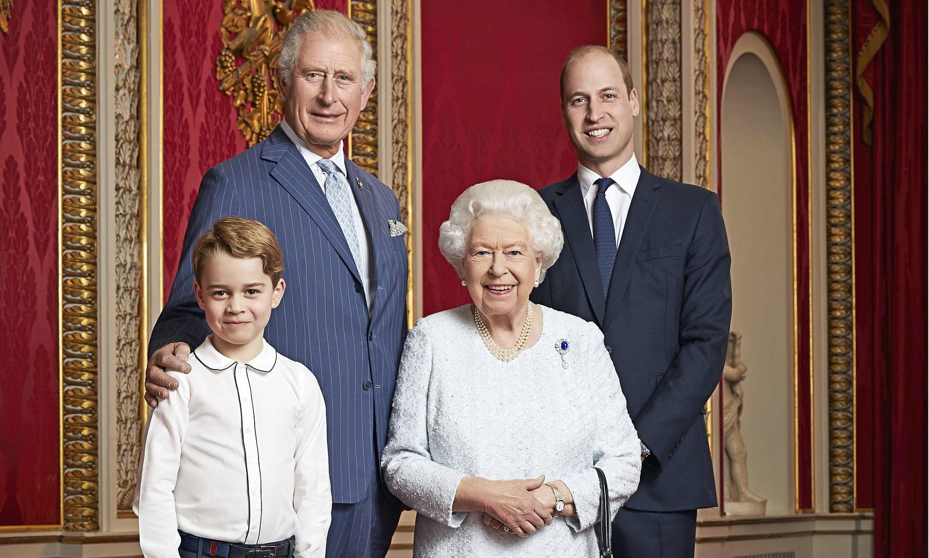 После скандального интервью Меган Маркл: британская королевская семья назначит директора по разнообразию - фото №2