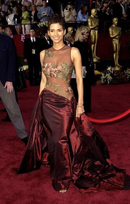 В преддверии Оскара: обзор лучших нарядов в за всю историю (ФОТО) - фото №11