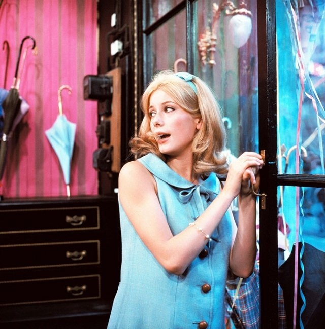 Уроки стиля французской кинодивы Катрин Денев - фото №3