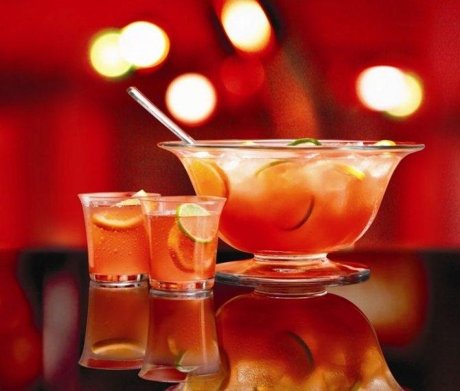 Крутые летние коктейли, которые можно повторить дома - фото №11
