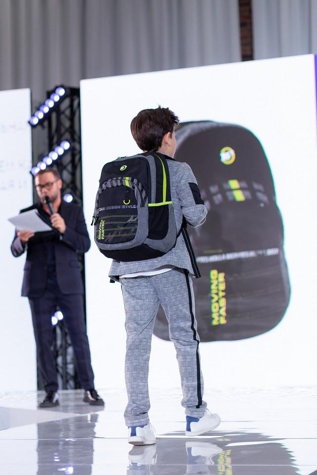 Андре Тан и рюкзаки Yes