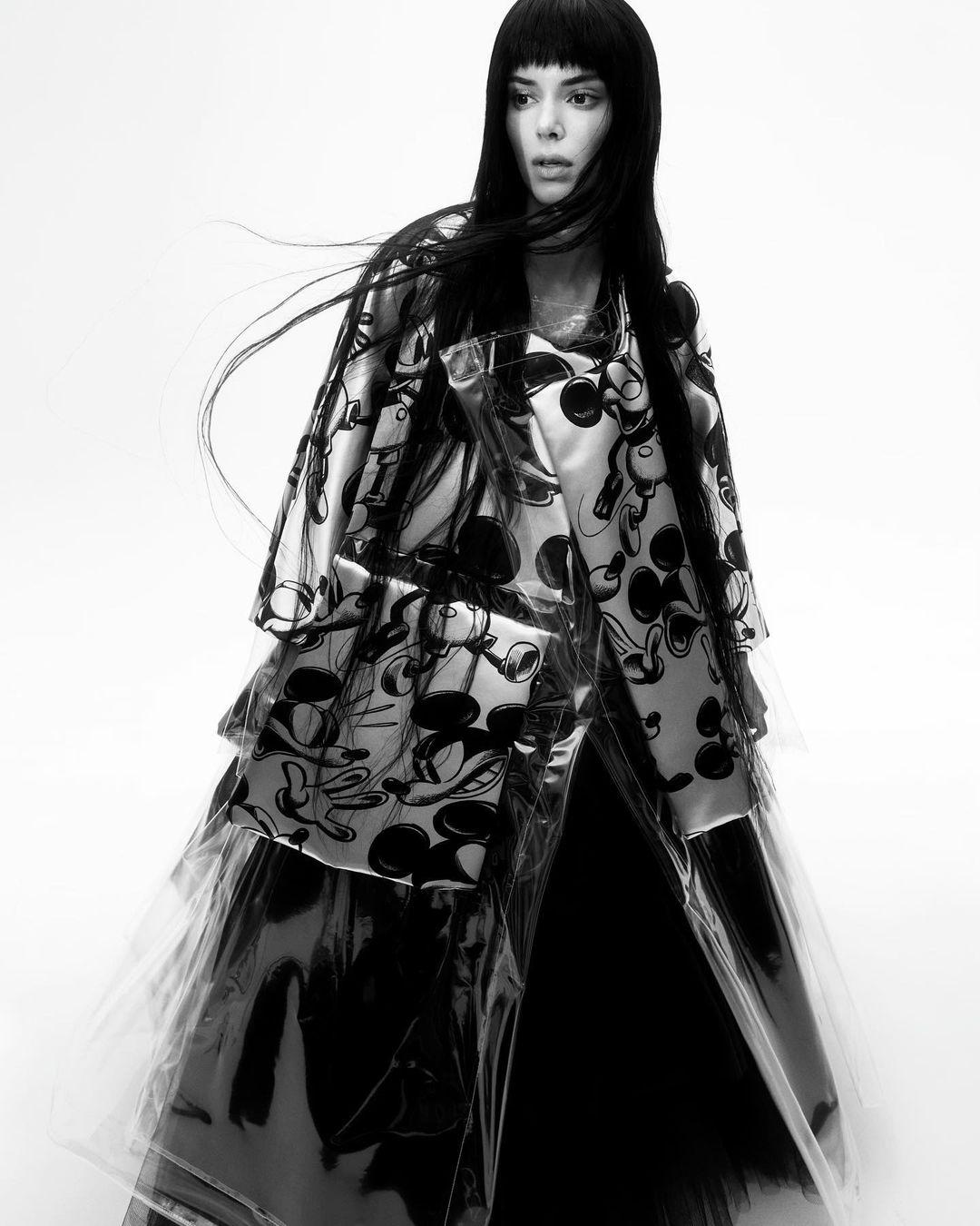 Кендалл Дженнер украсила обложку Vogue и рассказала о панических атаках (ФОТО) - фото №3