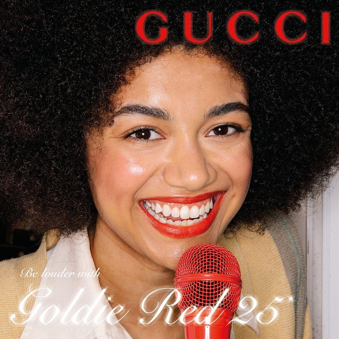 Игра в ассоциации и новые стандарты красоты: Gucci Beauty выпустили рекламу красной помады (ФОТО) - фото №4