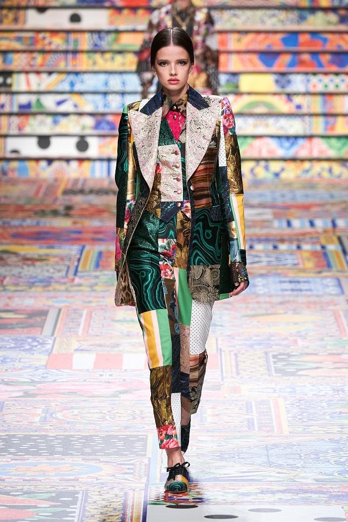 Неделя моды в Милане: Dolce & Gabbana выпустили коллекцию из остатков ткани (ФОТО) - фото №3