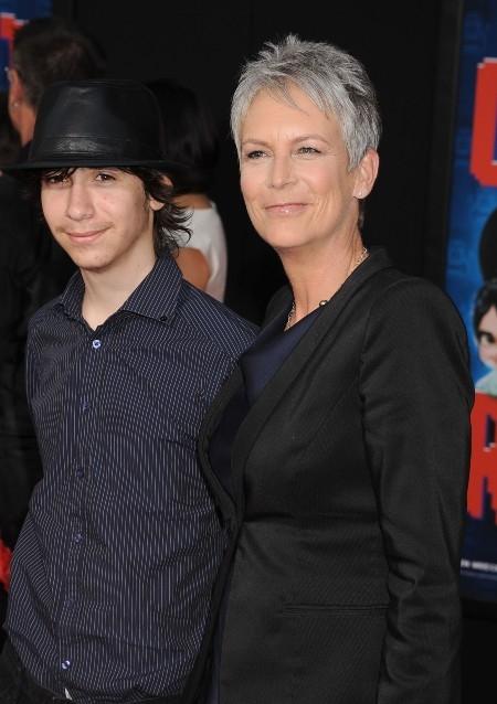 Звезда фильмов ужасов Джейми Ли Кертис сообщила, что ее 25-летний сын совершил трансгендерный переход - фото №2