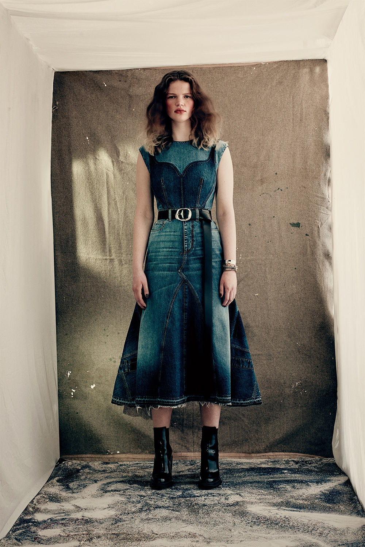 Кровавая мода: Alexander McQueen представили новую коллекцию (ФОТО) - фото №9