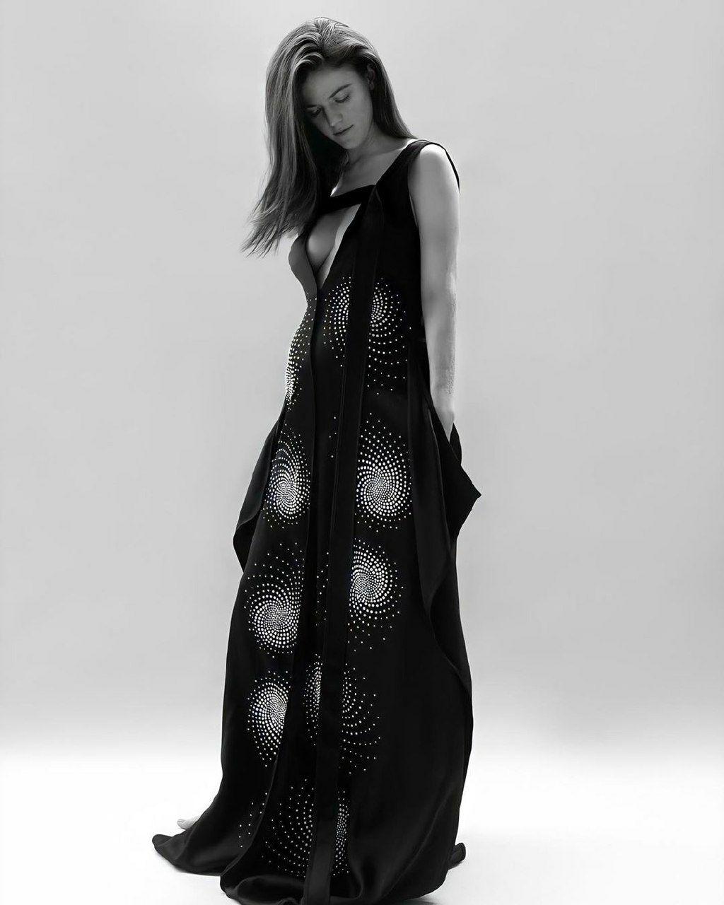Роуз Лесли беременная фото для Make Magazine