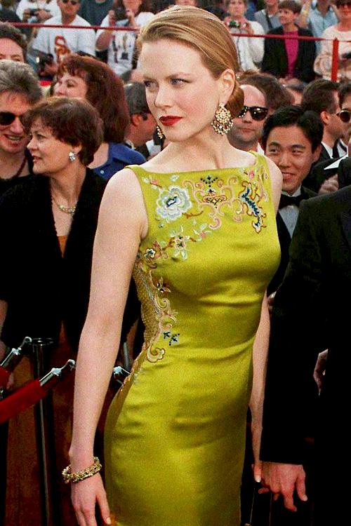 В преддверии Оскара: обзор лучших нарядов в за всю историю (ФОТО) - фото №8
