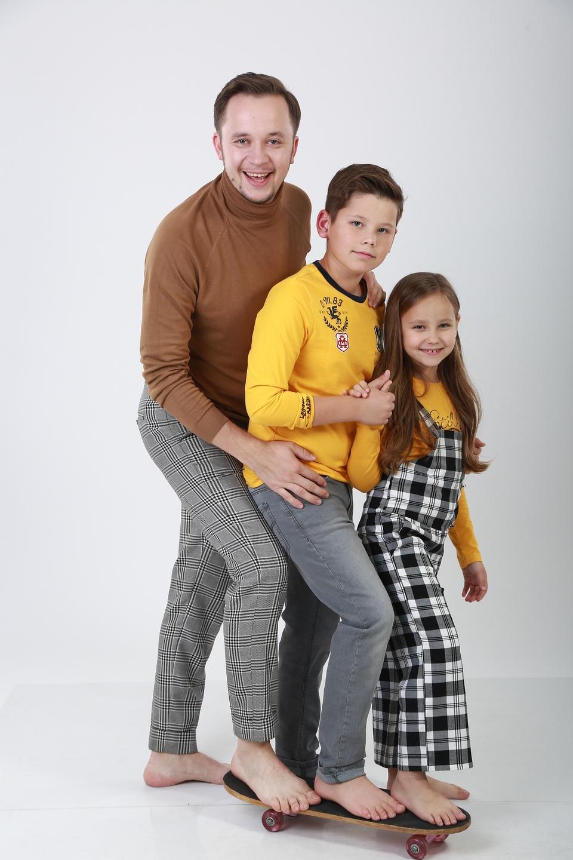 артем гагарин семья