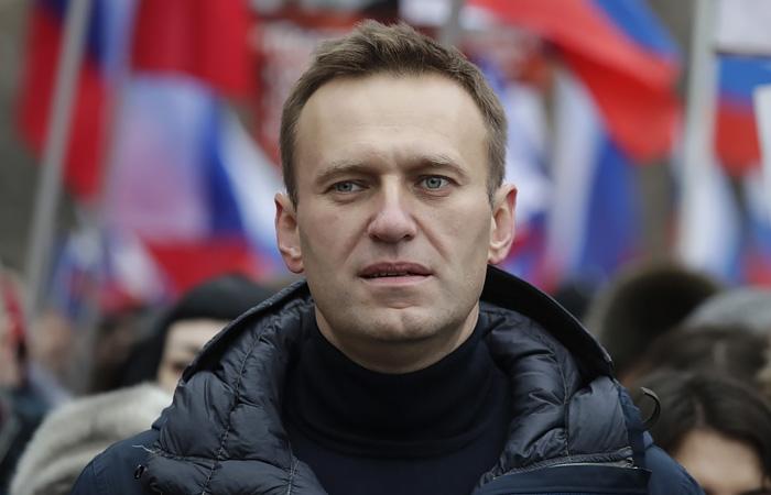 Врачи Алексея Навального сообщают о его критическом состоянии здоровья - фото №1