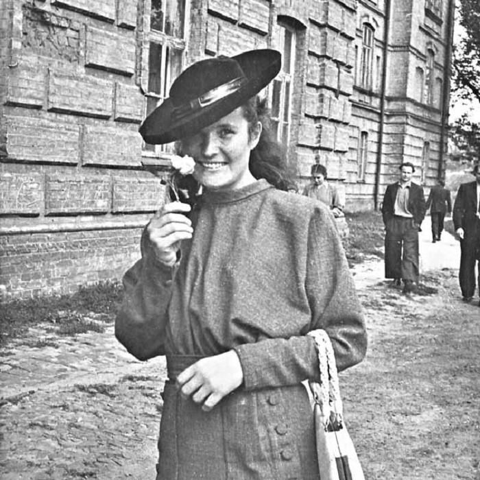 День рождение Татьяны Яблонской: как творила во время репрессий и чем запомнилась легендарная художница - фото №1