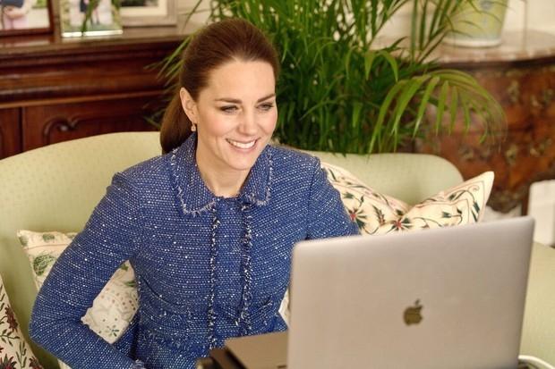 кейт миддлтон в пиджаке Rebecca Taylor