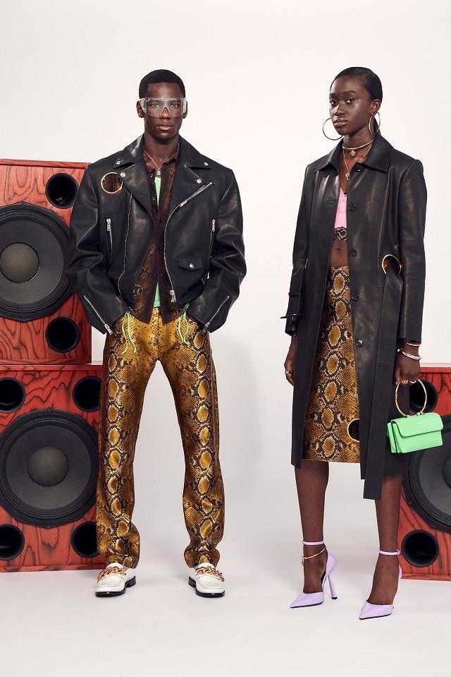 Брюки с низкой посадкой и змеиный принт: Versace представили новую круизную коллекцию (ФОТО) - фото №4