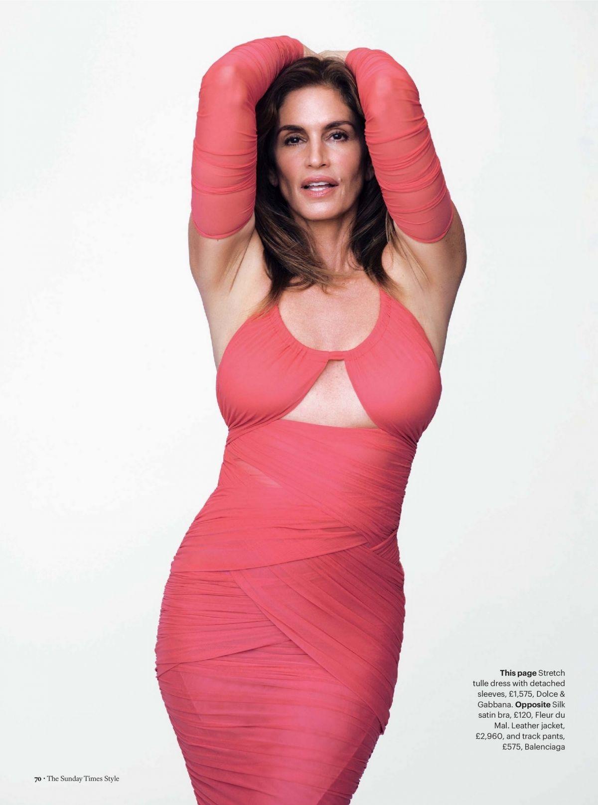 Вот это тело! 55-летняя Синди Кроуфорд снялась в сексуальных образах для глянца (ФОТО) - фото №2