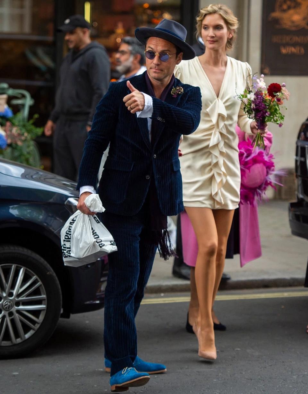 Джуд Лоу и его супруга Филиппа Коэн фото