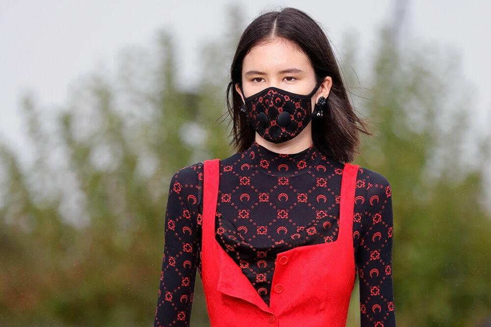 Подборка дизайнерских масок от коронавируса (ФОТО) - фото №6