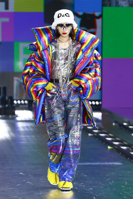 Роботы, поколение Z и киберкультура: Dolce&Gabbana представили новую коллекцию (ФОТО) - фото №3