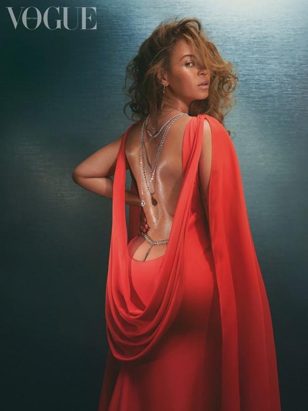 """""""Чтобы зажигать со мной, нужно терпение"""": Бейонсе снялась для Vogue и поделилась интересными фактами о себе - фото №5"""