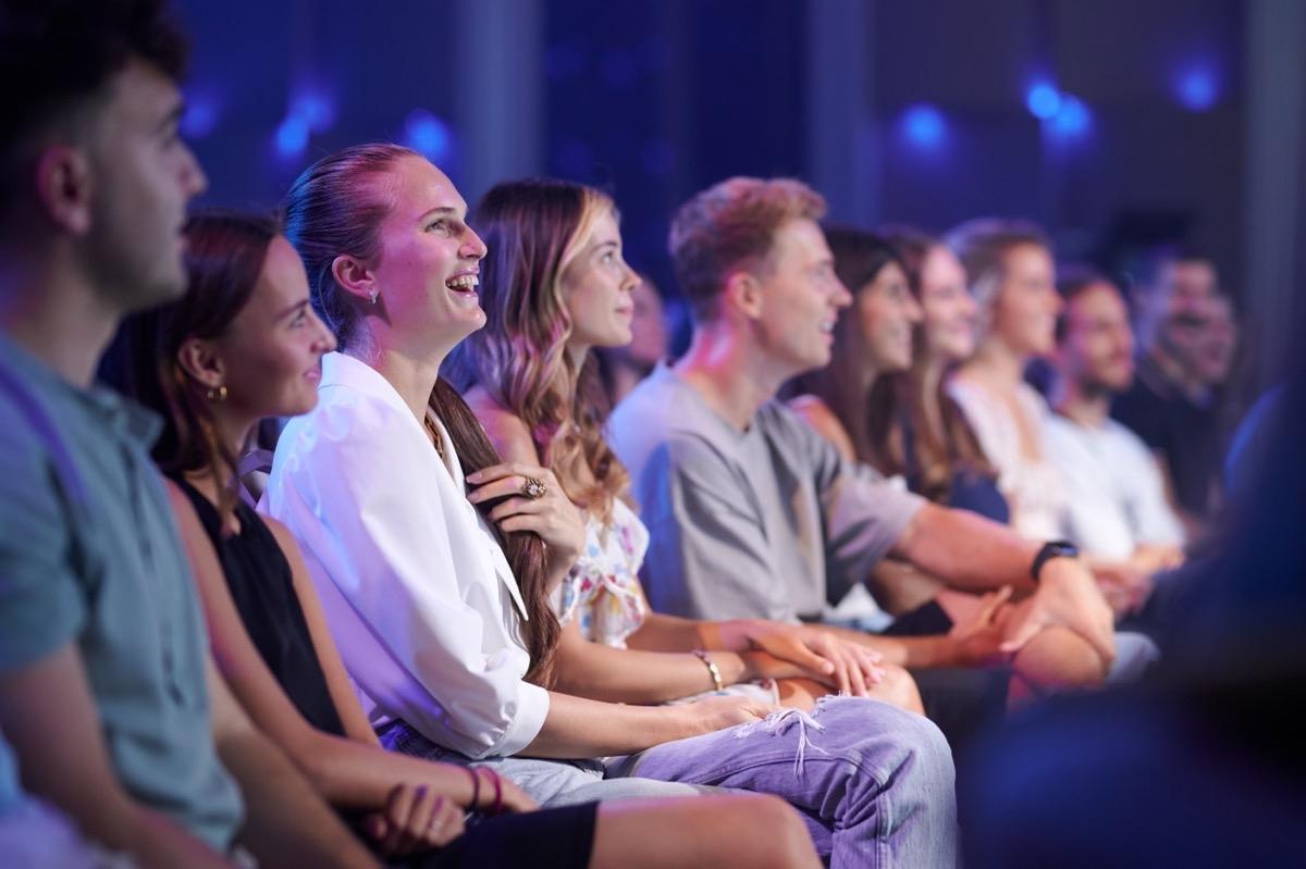 Владимир Дантес запустил собственное стендап-шоу — StandUp 380 (ВИДЕО) - фото №6