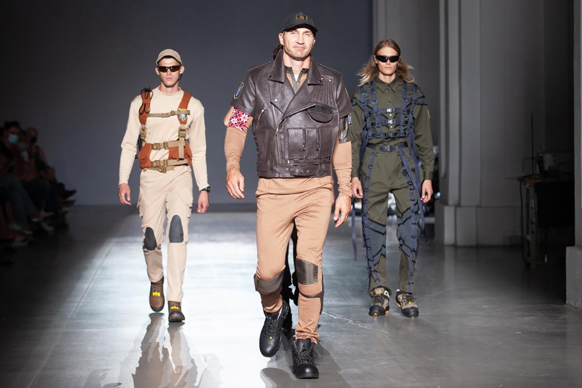 Третий день UFW NoSS 2021: муниципальная коллекция, викторианская мода и авангард (ФОТО) - фото №1