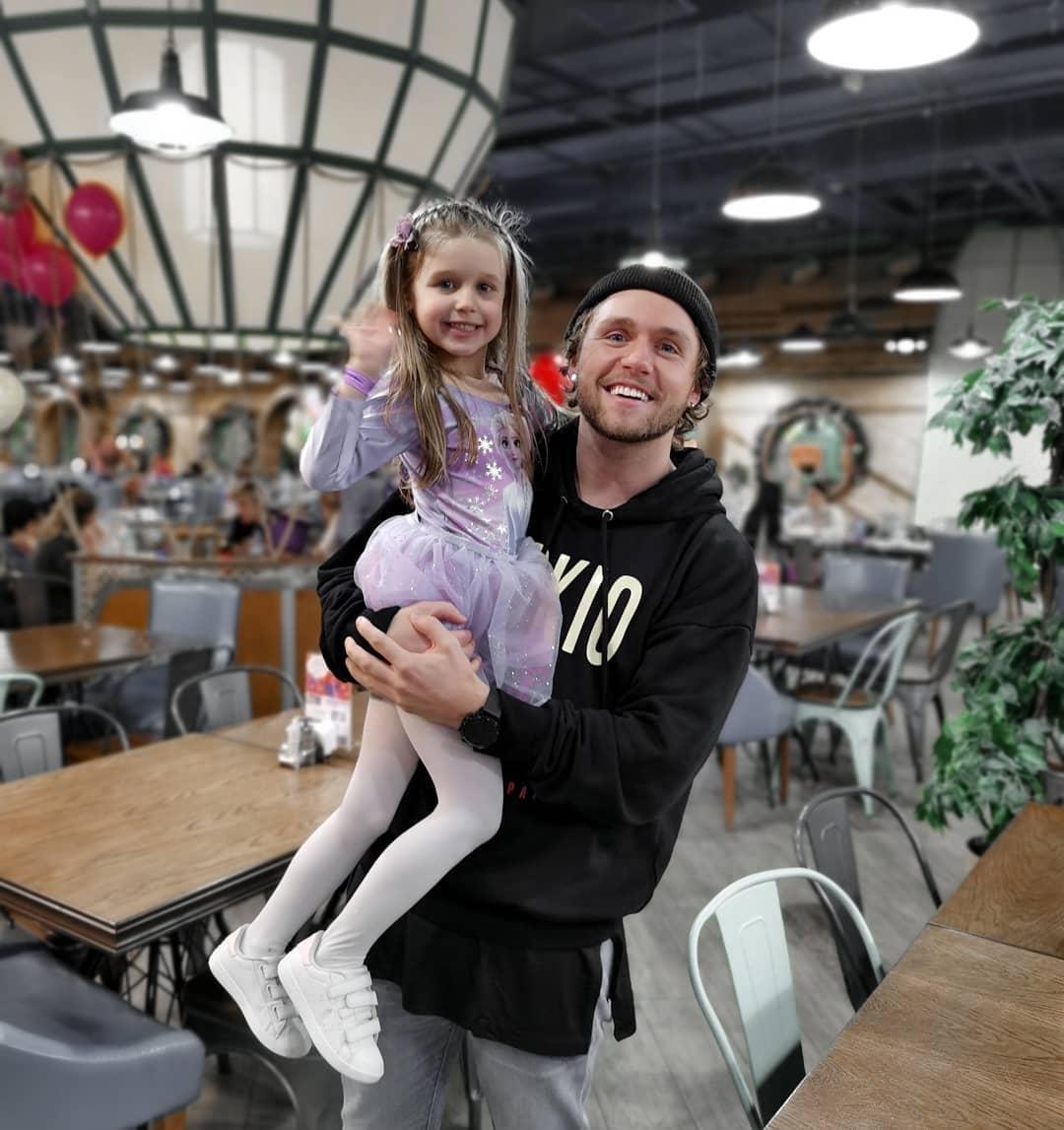Влад Соколовский с дочерью фото