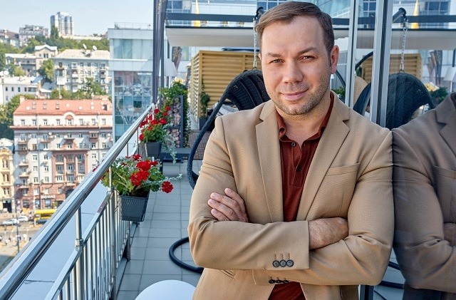 Андре Тан интервью