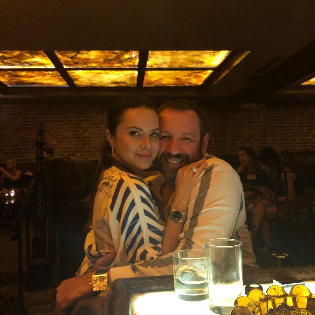 """""""Он балует нас"""": Лилия Подкопаева рассказала, какой самый дорогой подарок сделал для нее муж - фото №3"""
