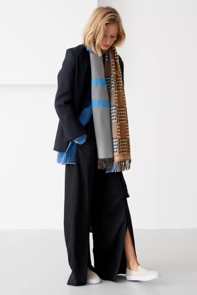 Вещь дня: принц Чарльз выпустил экологический шарф из премиальной шерсти (ФОТО) - фото №3