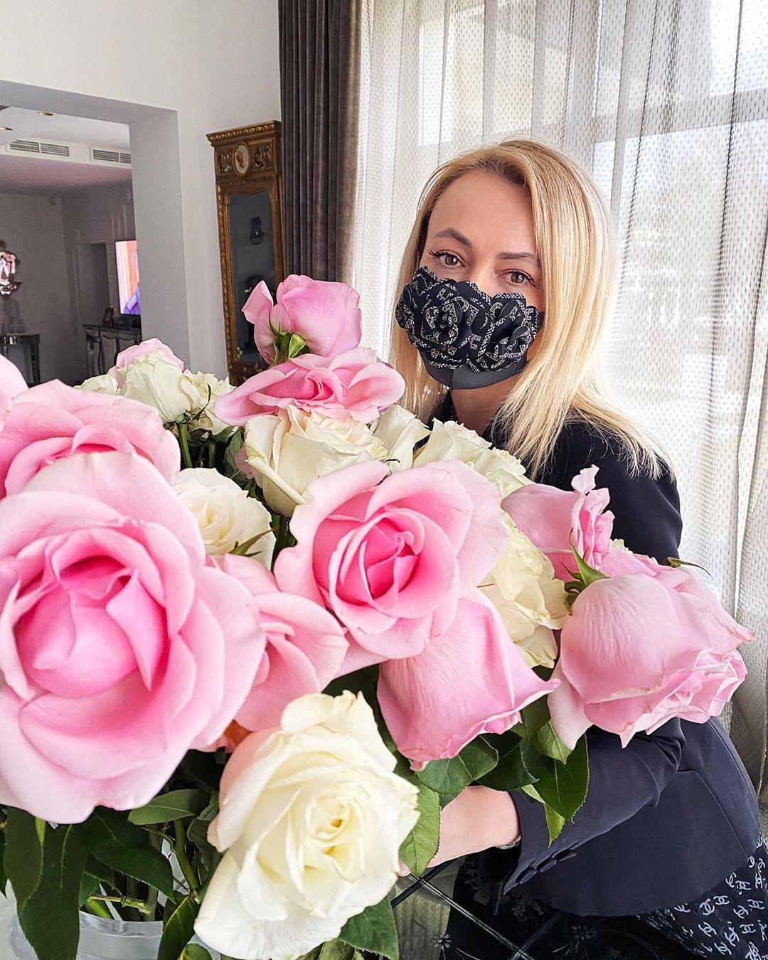 Яна Рудковская уверена, что переболела коронавирусом - фото №2