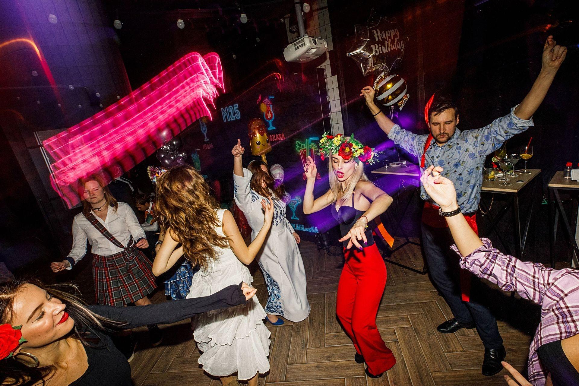 """""""Новий рік на двох"""": Marietta выпустила новый трек и рассказала, как сказочно отпраздновать Новый год - фото №4"""