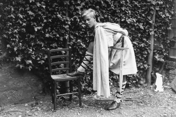 В память о покойном принце Филиппе: биография и архивные фото герцога Эдинбургского - фото №2