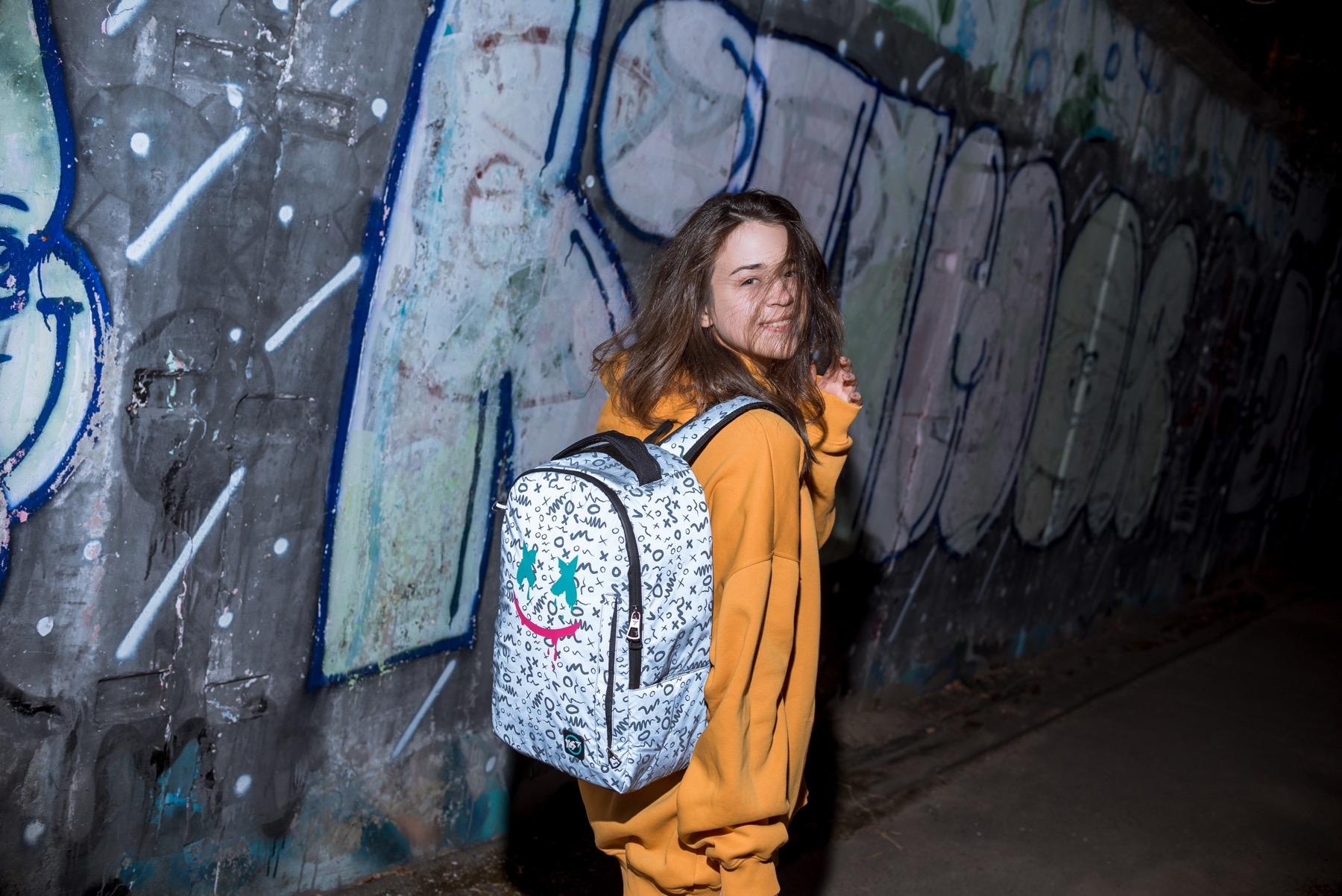 Светоотражающие рюкзаки: зачем они нужны и где их купить - фото №4