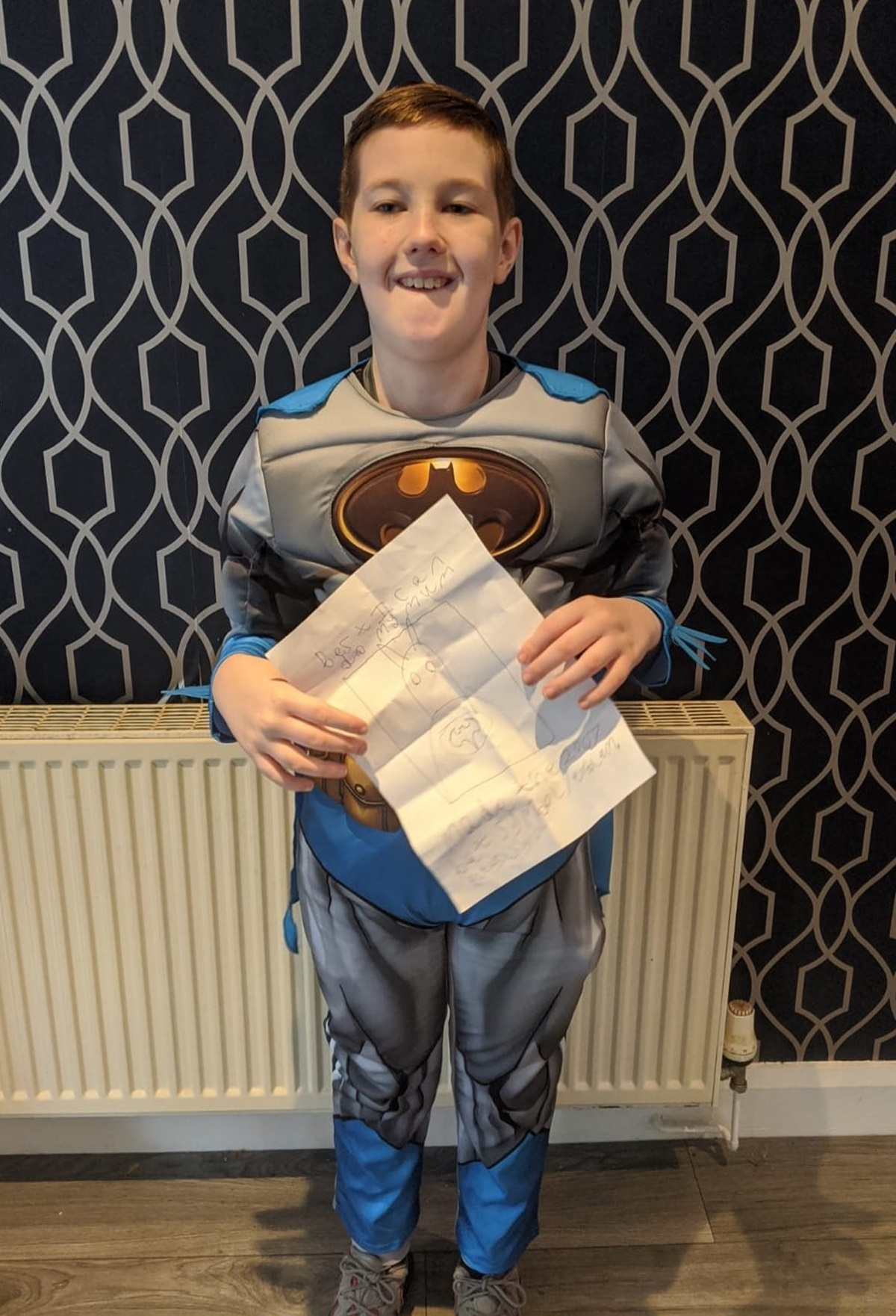 Роберт Паттинсон осчастливил 10-летнего фаната, сделав ему сюрприз - фото №3