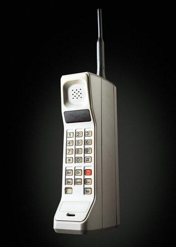 День рождения телефона: как эволюционировало переговорное устройство - фото №2