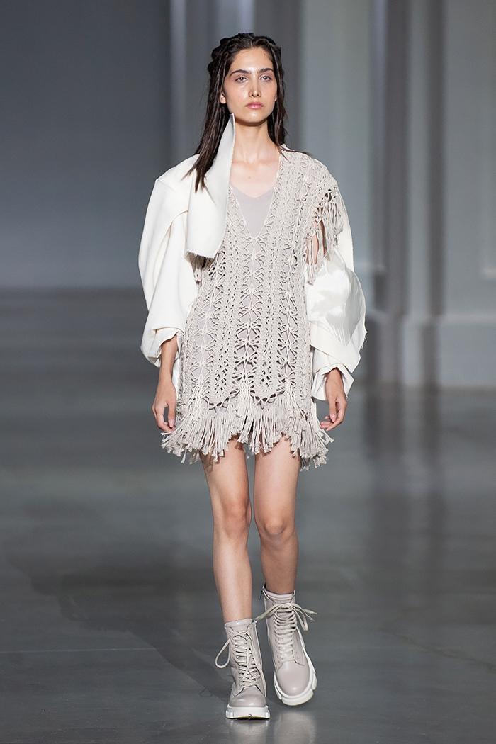 Новое поколение моды: знакомимся с молодыми дизайнерами, которые представили свои коллекции в рамках Ukrainian Fashion Week noseason sept 2021 - фото №8