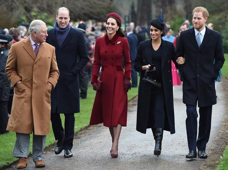 """Такой """"сюрприз"""": как отреагировали Кейт Миддлтон и принц Уильям на решение Меган Маркл и принца Гарри - фото №1"""