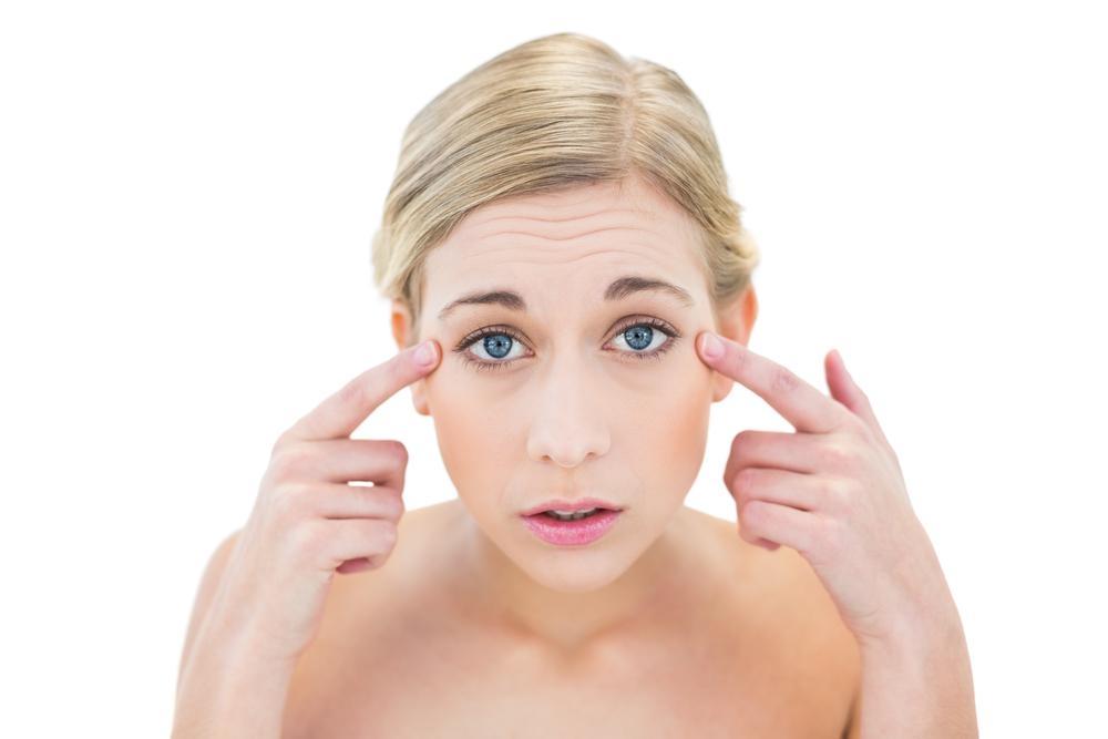 Вопрос-ответ: как убрать морщинки вокруг глаз? - фото №1