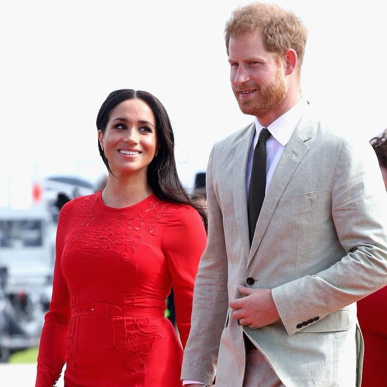 новое соглашение меган и гарри с королевой