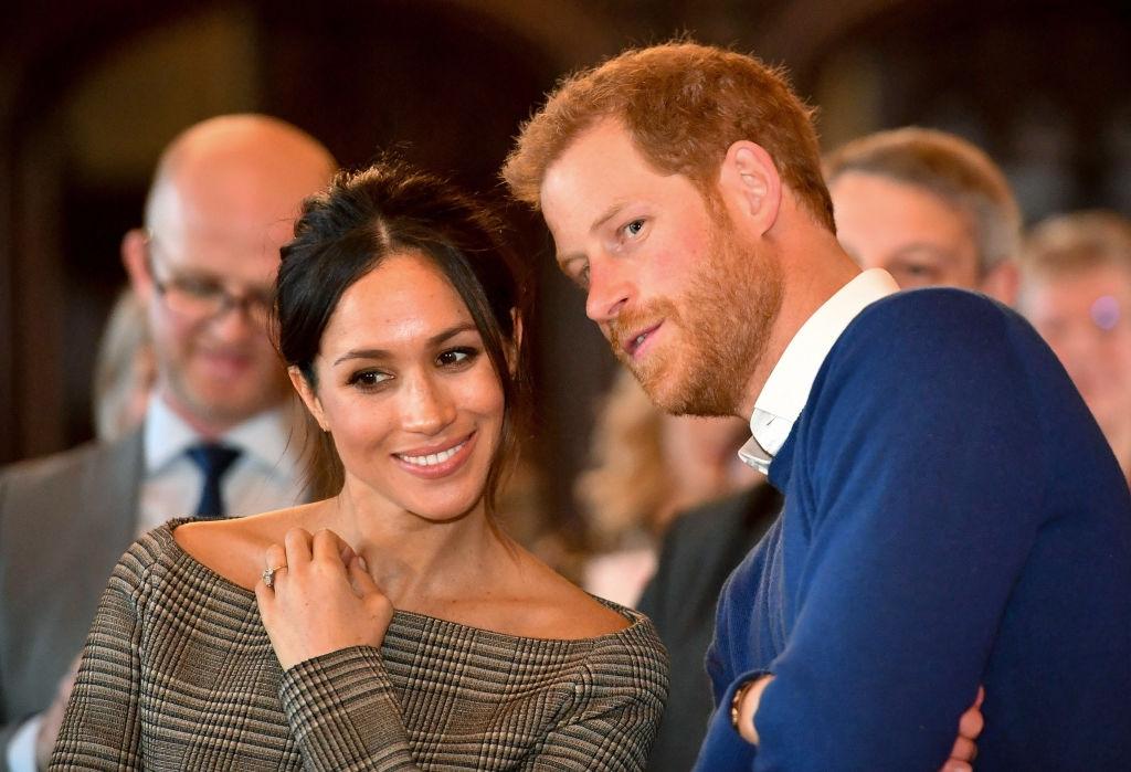 """""""Они в шоке"""": инсайдер рассказал, как королевская семья отреагировала на выход мемуаров принца Гарри - фото №2"""